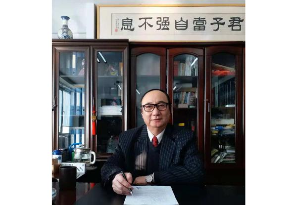 — 副总经理校长杜景闻—
